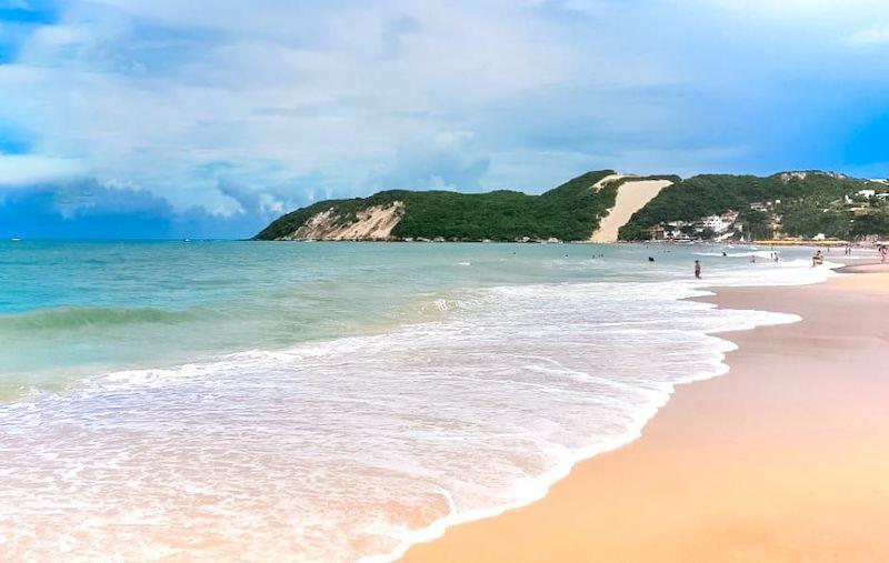 Praia de Ponta Negra e Morro do Careca em Natal