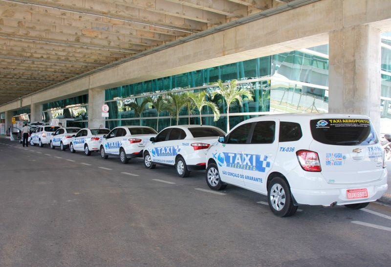 Táxi no aeroporto de Natal