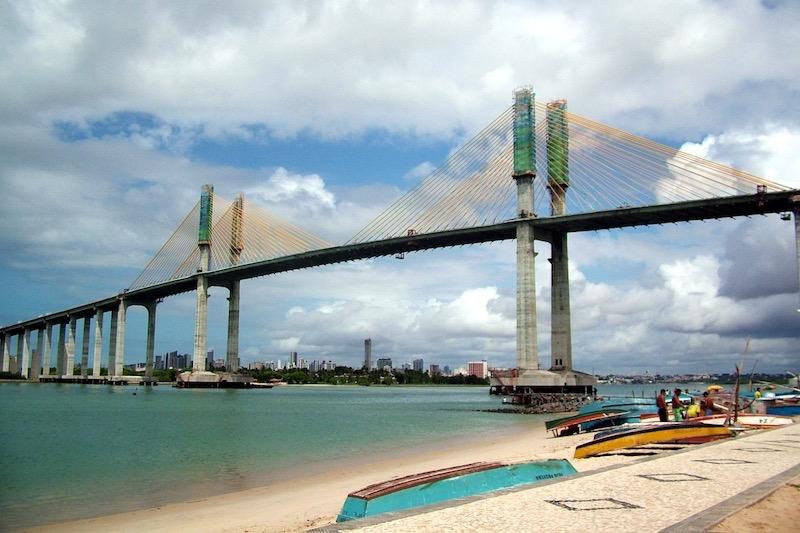 Vista da Ponte Newton Navarro em Natal