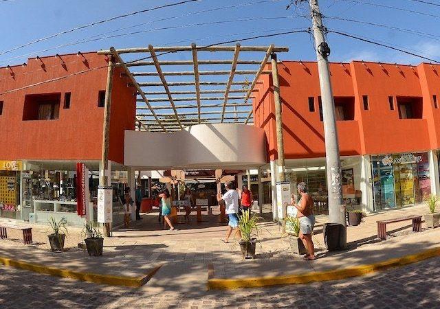 Fachada do Vila da Pipa Shopping